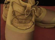 بيع حذاء