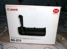Canon BG-E11 Battery Grip for Canon 5D Mark III, 5DS & 5DS R for Sale