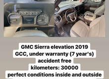 GMC Sierra 2019 30,000 km