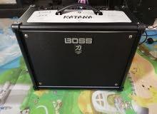 جيتار Les Paul  مع سماعة Boss Katana mk2