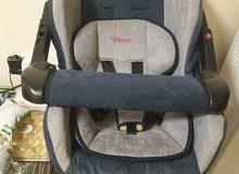 للبيع عدد 2 كرسي اطفال للسيارة