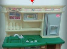 مطبخ اطفال كبير مع 16 ادوات مطبخ للاطفال ب 100 ريال