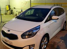 Kia Carens 2015 For sale - White color