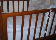 سرير اطفال. لحد 5 سنوات