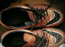 حذاء رياضة