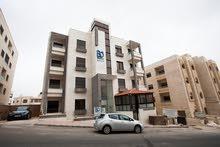 شقة 100م في حي الجامعة الاردنية خلف اكاديمية ريتال للبيع بالاقساط