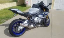 Hello brothers am selling my 2017 YAMAHA YZF-R1M: CONTACT ME  FOR MORE DETAILS (+15308393119)