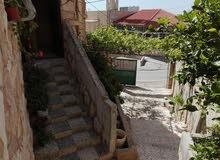 بيت مستقل طابقين -للبيع او للاجار   قرب مدرسة بنات باعون