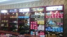 بيع تجهيزات مستعملة ونظيفة لمحل أحذية وملابس الأطفال والنساء وعطور ومكياج