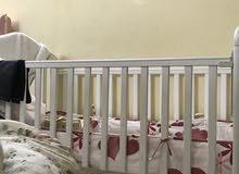 سرير مستخدم نظيم