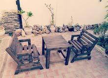جلسات خشبية كلاسيكية بالتفصيل