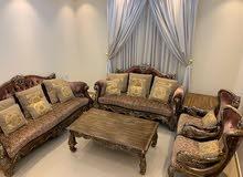 طقم جلوس مع طقم الطاولات Living room set with tables