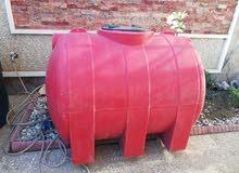 خزان ماء مستعمل نظيف