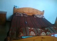 سرير نوم مع تسريحه