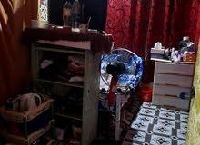 غرف و بارتشنات للايجار عائلي عزابي بالفروانية  ق4