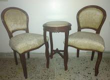 زوز كراسي وطاولة رخام للبيع