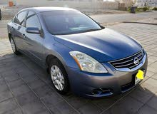 Clean Nissan Altima 2011 for sale