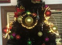 شجرة عيد ميلاد مع الزينة