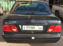 Automatic Black Mercedes Benz 2000 for sale