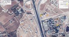 ارض للبيع مساحه 610متر طريق المطار بجانب جامعة الاسراء