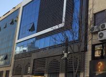 مكاتب للإيجار بمساحة 70 م