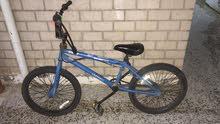 للبيع دراجه bmx مستعمل