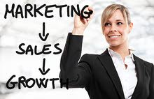 Females sales and marketing employees
