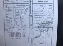 انا المالك المسفاه الثانيه شمال وسط الفلل مفتوحه من ثلاث جهات
