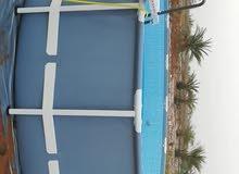 مسبح دايري العرض 5 متر والارتفاع متر واربعين فيه نظام الفلتره