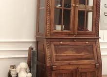 طاولة مكتب وخزانة كتب وكرسي خشب زان عتيق