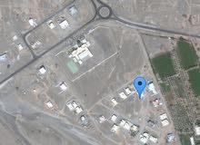 للبيع أرض في حلبان الأولى مساحة 720م