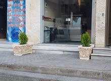مطعم حمص والفلافل للبيع بمنطقه سكنيه وتجارية