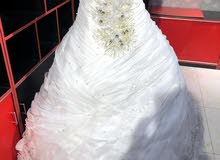 فستان عروس للبيع بسعر مغري 45 ريال