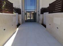 عبدون رابع مع روف duplex للبيعمساحه 250 متر 3 غرف نوم 4 حمامات غرفه نوم ماستر