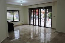 شقة أرضية فاخرة للبيع في أم السماق قرب مكة مول