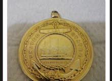 نيشان البحرية الأمريكية منذ 100عام