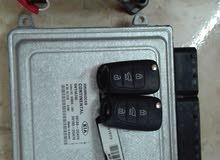 كمبيوتر مع السلف والمفاتيح لسيارة كيا الدفع الرباعي سورينتو موديل 2012جديد