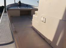 للبيع قارب 28 قدم بمواصفات خاصة