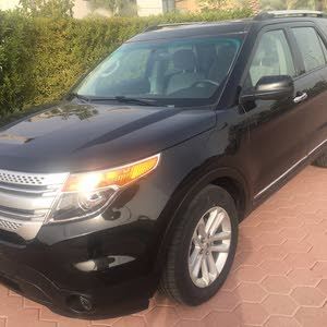 Used condition Ford Explorer 2015 with  km mileage