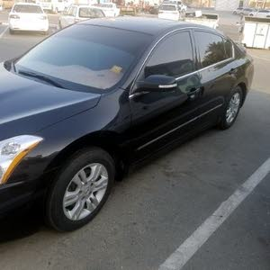 Nissan Altima 2010 Top of the Range First Owner