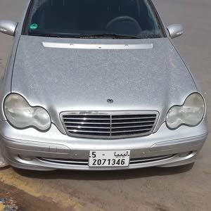مرسدس بنزC200 موديل 2001