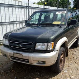 Used condition Isuzu Trooper 2002 with 160,000 - 169,999 km mileage