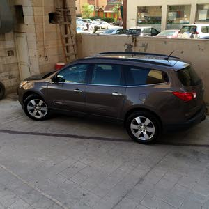 Chevrolet Traverse car for sale 2009 in Hawally city