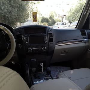 For sale 2010 Gold Pajero