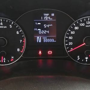 cerato 1.6L Bluetooth. cruise control. media by steering.