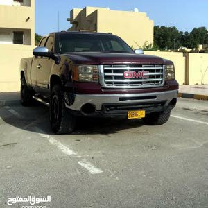 Available for sale! +200,000 km mileage GMC Sierra 2007