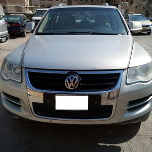 Automatic Gold Volkswagen 2009 for sale