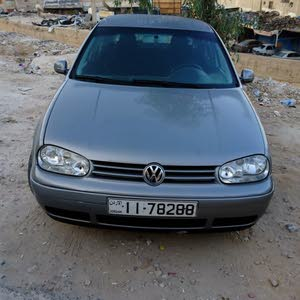 Volkswagen Golf car for sale 2004 in Zarqa city