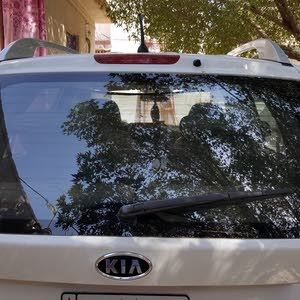 Used Kia Carens in Baghdad