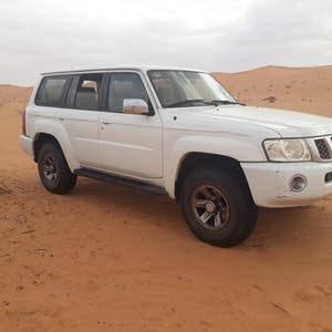 White Nissan Patrol 2007 for sale